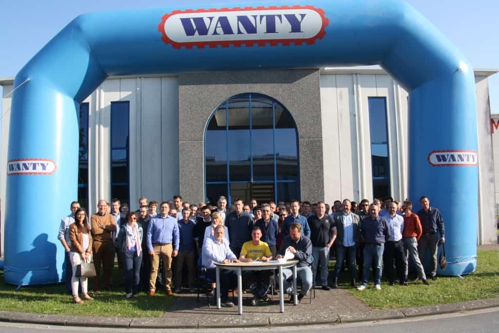 Arnaud Marotte, applaudi par l'ensemble des employés du groupe Wanty