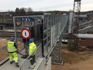 La passerelle est désormais accessible aux 22.000 usagers quotidiens de la gare